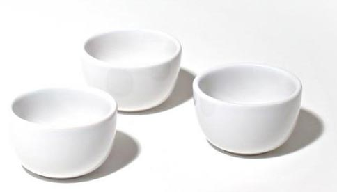 alessi mami set of 3 ceramic bowls for fondue by stefano giovannoni. Black Bedroom Furniture Sets. Home Design Ideas